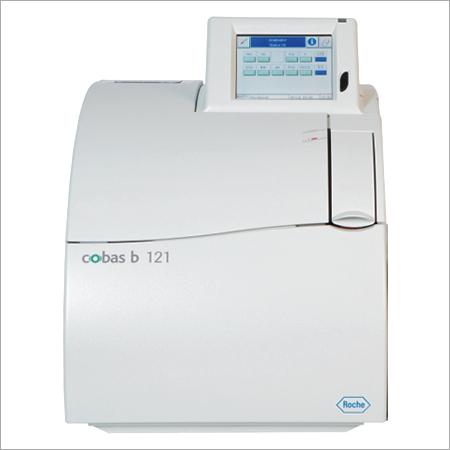 Cobas b 121 POC System