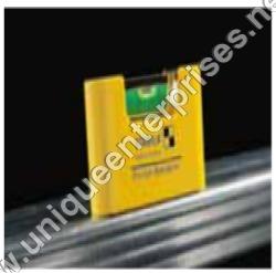 Pocket Magnetic Sprit Level