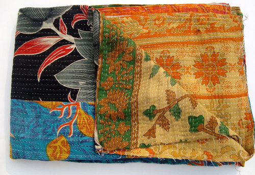 Floral quilts exporters