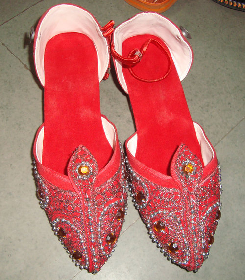 Traditional Mojari for Women
