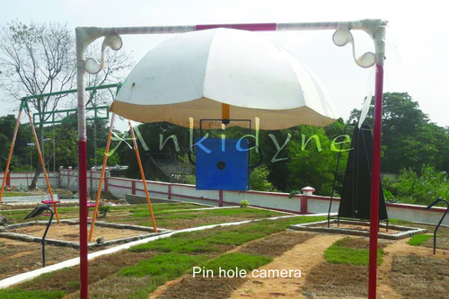 Science Park Equipments Pin Hole Camera