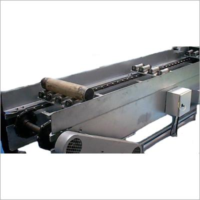 Slat Conveyor with Fixture