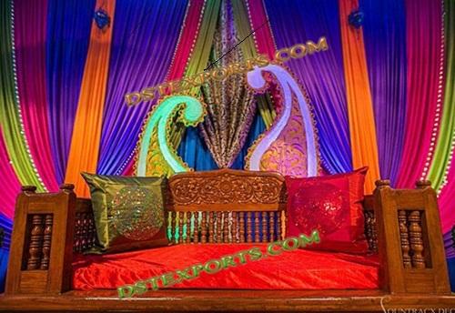 WEDDING COLOURFULL MEHANDI STAGE