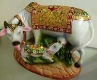 Cow & Calf Statue