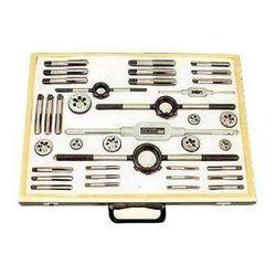 Spacious Hand Tool Box