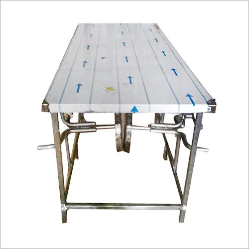Trolleys & Tables
