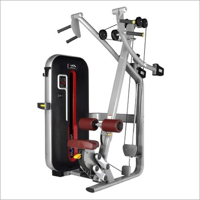 Red Lat Pulldown