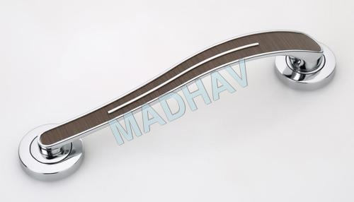 Main Door Handle in White Metal