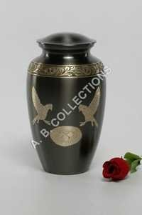 BLACK ENGRAVED CREMATION URN