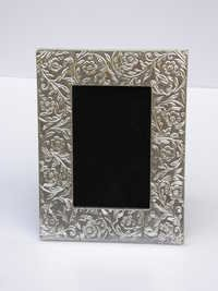 HOME DECOR SILVER PHOTO FRAME