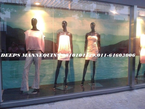 Full Female Mannequins