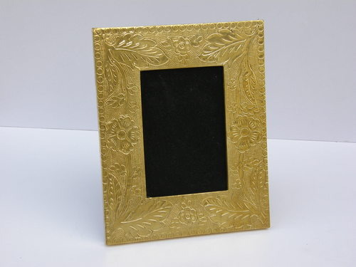 HOME DECOR SHINE GOLDEN PHOTO FRAME