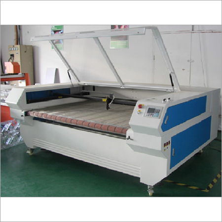 Auto Feeding Laser Engraving & cutting Machine