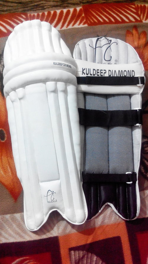 APG KULDEEP DIAMOND Cricket Batting Pads