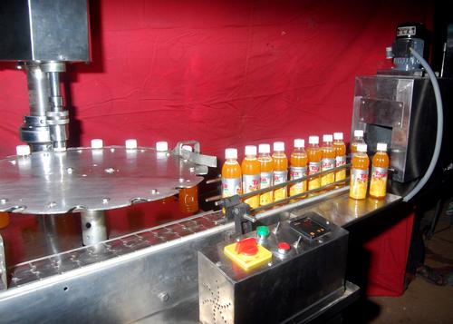 Automatic Hot Juice Filling Machine