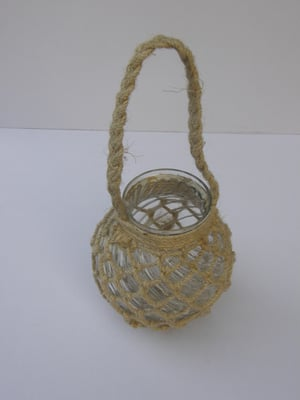 BRAND NEW JUTE ROPE NETTED GLASS JAR NICE CANDLE HOLDER WITH A STURDY ROPE HANDLE