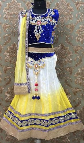 Girls Lehnga an Lacha