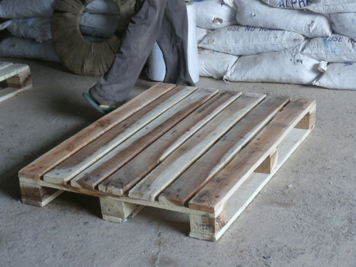 4 Way Non Reversible Wooden Pallets