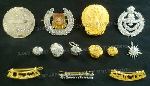 metal badges & pins