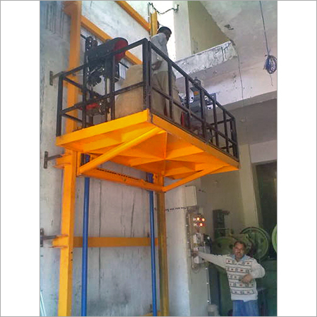 Hydraulic Industrial Goods Lifts