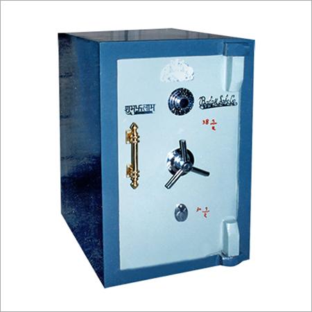 Single Bank Door Locker