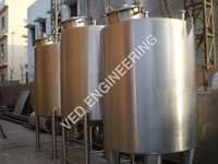 Batch Mixing Tanks