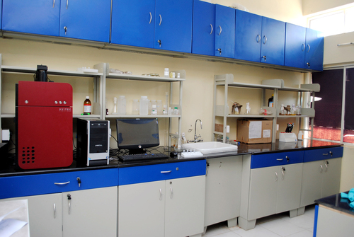 Biochemistry Lab Table