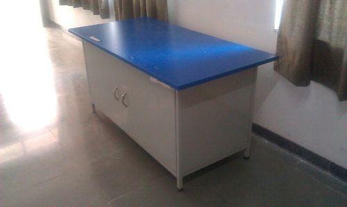 Civil Lab Table