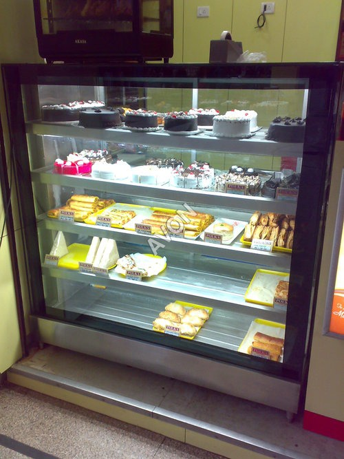 Vertical Bakery Display with split unit