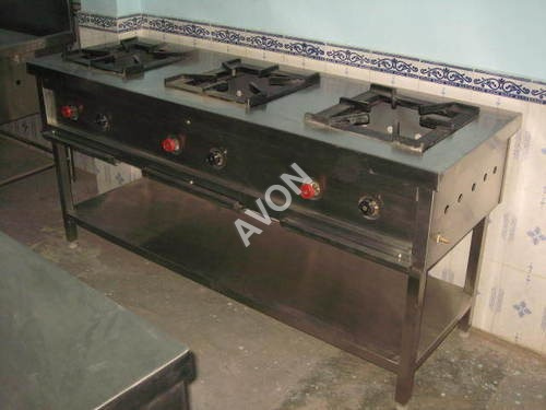 THREE BURNER INDIAN COOKING RANGE(72x24x34)