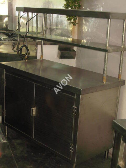 Pick Up Counter with Over Head Shelves