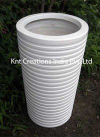 Conical Rib Short Planter