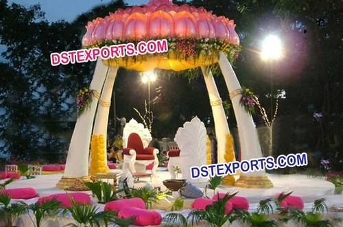 Indian Wedding Trunk Pillar Mandap