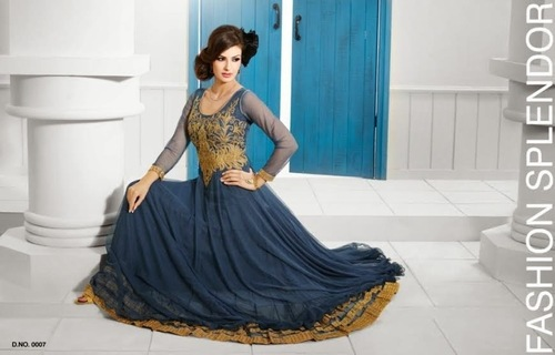 OFM-S.PANKH GOWN-0007