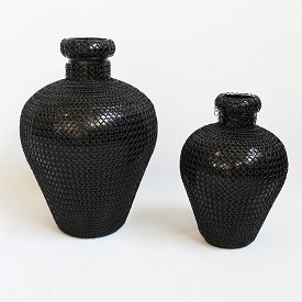 Vase Shape Mesh Iron Pot