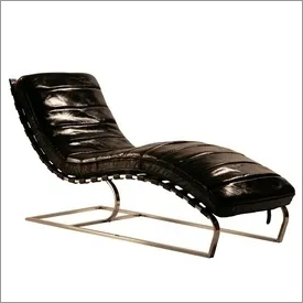 Old Leather Chaise with Iron