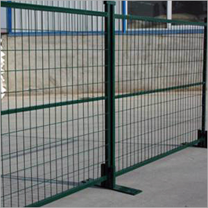 Portable Welded Wire Mesh Fence