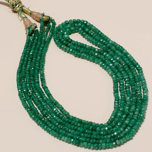 NATURAL EMERALD 3 STRAND BEADED NECKLACE