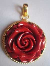 GOLD PLATED RED STONE FLOWER PENDANT