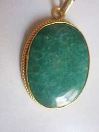 GOLD PLATED GREEN CHALCEDONY STONE  PANDENT