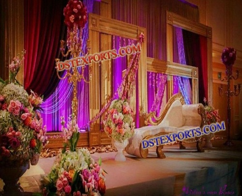 WEDDING GOLD BACKDROP PANEL STAGE