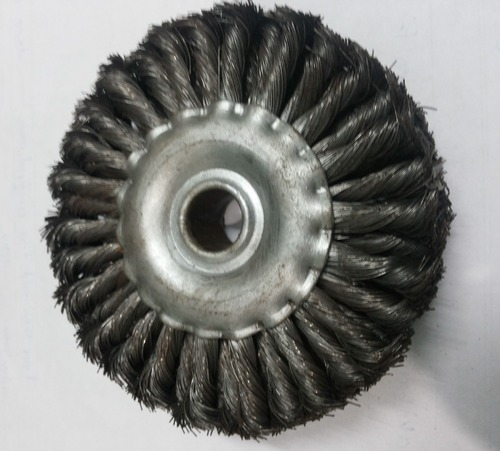 Twisted Circular Brush