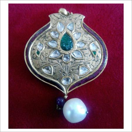 Kundan polki pendant set kundan polki pendant set exporter kundan polki pendant set aloadofball Choice Image