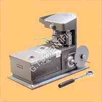 Universal Digital Moisture Meter