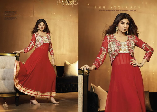 Karma Bollywood Shilpa Shetty Trendy Red Color and