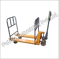 Pallet Truck with Railing