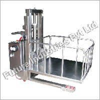 Hydraulic Platform Stacker With Cage
