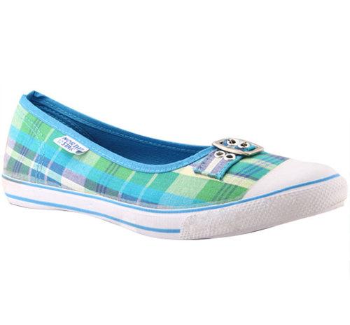 Bata Women Closed Shoes