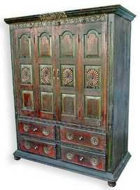 ANTIQUE WOODEN BOOKCASE