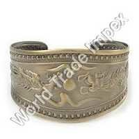 Antique Metel Cuff Bracelet